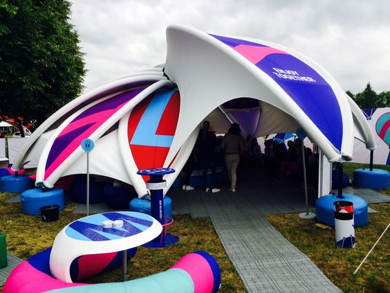 AXION flower - custom inflatable and stretch fabric structure