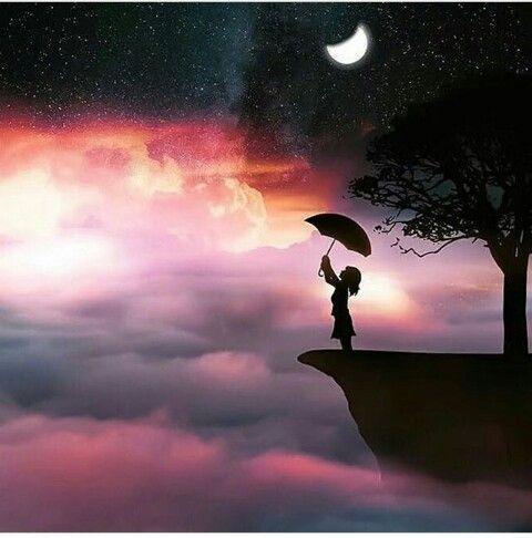 ﺃﺣﻴﺎﻧﺎ ﺃﺷﻌر ﺃن ﻻ ﺍﺣﺪ ﻳﻔﻬﻤني ﻟﻜﻦ ﺑﻌﺾ الكتاﺑﺎﺕ ﺍﻟﺘﻰ ﺗﻨﺎﻝ ﺃﻋﺠﺎﺏ ﺍﻟﺒﻌﺾ ﺗﺸﻌﺮﻧﻲ ﺃن ﻫﻨﺎﻙ ﺍﺷﺨﺎﺻﺎ ﻓﻲ ﻫﺬﺍ ﺍﻟﻌﺎﻟم ﺗﺸﻌر ﺑﻤﺎ ﺃﺷعر ﺗﻤﺎﻣﺎ Moon Art Art Photography