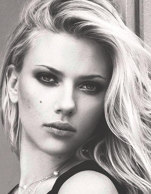 sim so dep, mua sim so dep, sim so dep gia re, sim vina 10 so dep, http://simvip.net cam kết bán sim chính chủ, giao sim tận nơi cho khách hàng. - Scarlett Johansson