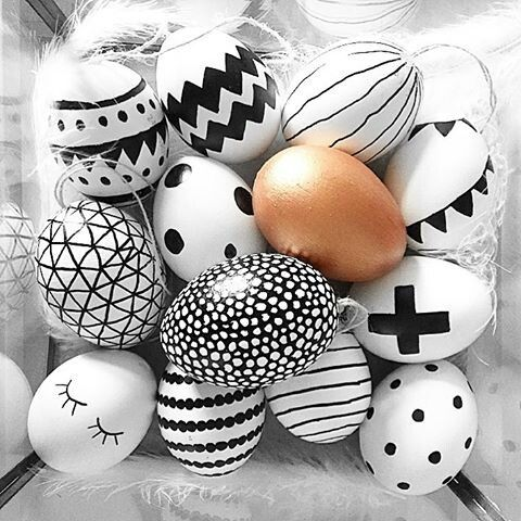 Easter eggs black and white DIY: