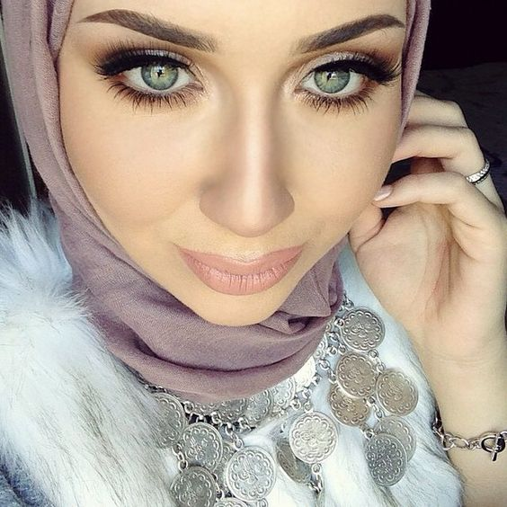Gorgeous!!! @withloveasmaaa @shophudabeauty lashes in Claudia #hudabeauty