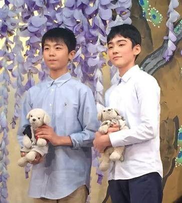 ぬいぐるみを抱える八代目市川染五郎のかっこいい画像
