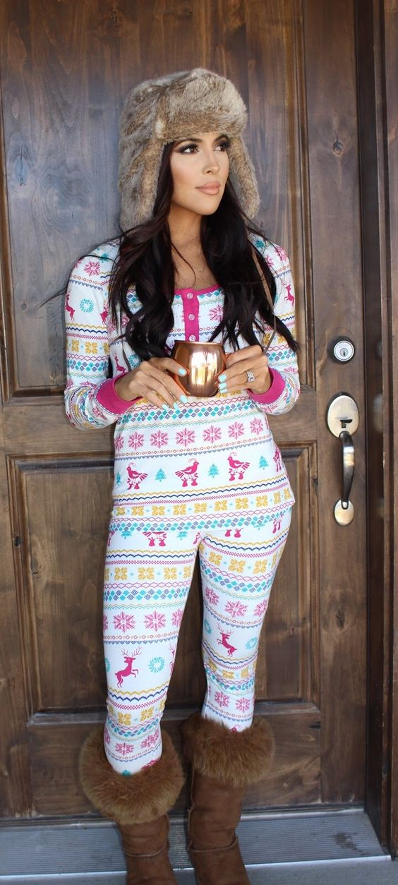 Sarah and Elizabeth: Snow day . Women's Christmas Fair isle pink pajamas. Now I just need to decorate my Christmas tree. Bedhead pajamas. Women's fashion.: