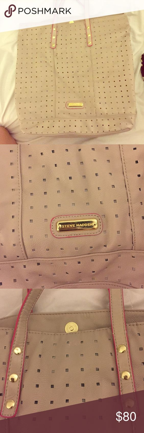 Steve Madden Purse💗 Sand Beige Color, Pink with gold handles, small square holes all over purse Steve Madden Bags Shoulder Bags