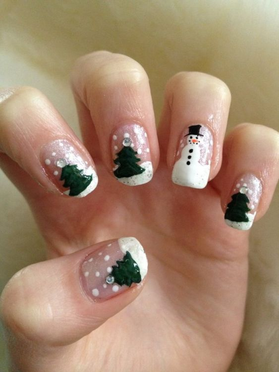 Cool Christmas Nail Designs 768x1024 634x845 28 Creative Christmas Nail Designs