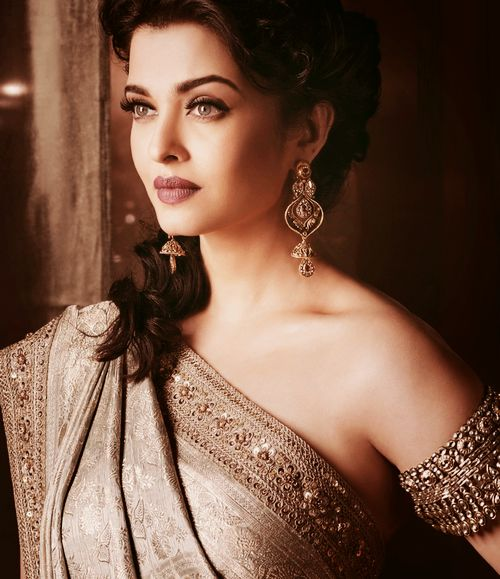 "empressaish: ""Aishwarya Rai is the definition of ""perfect""."" Sharmila Tagore"