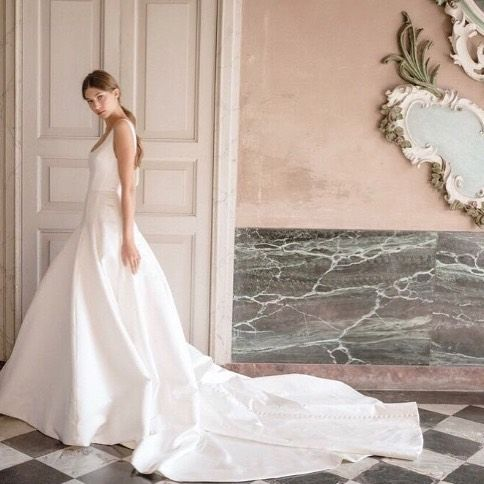 Monique Lhuillier Bride On Instagram Classic Elegance