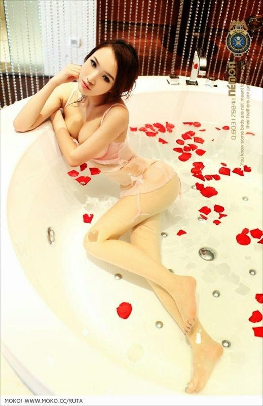 votes-teens-chinese-sexy-girls-bathing-video-softcore