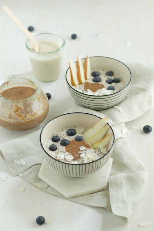 Coconut Yoghurt Breakfast Bowl - kitchen hoopla #vegan #coconutyoghurt #nutyoghurt #makingyoghurt