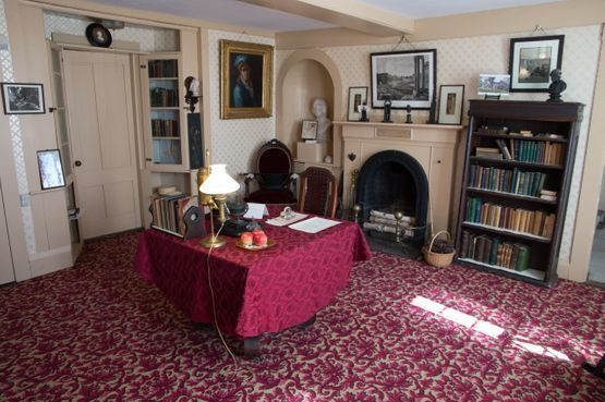Virtual Tour Louisa May Alcott S Orchard House Study Room