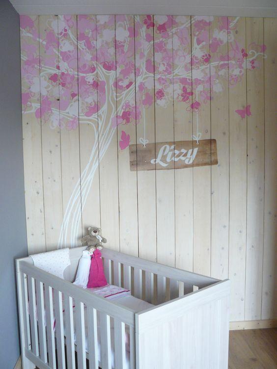 Muurschildering bloesemboom babykamer  op houten panelen. Bekijk ook mijn Facebookpagina:  https://www.facebook.com/esthersmuurschilderingen/