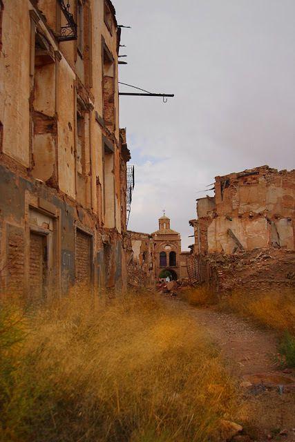 Pueblo viejo de Belchite Fa64b6ee82a613a6d4ab911a5dbef8d6