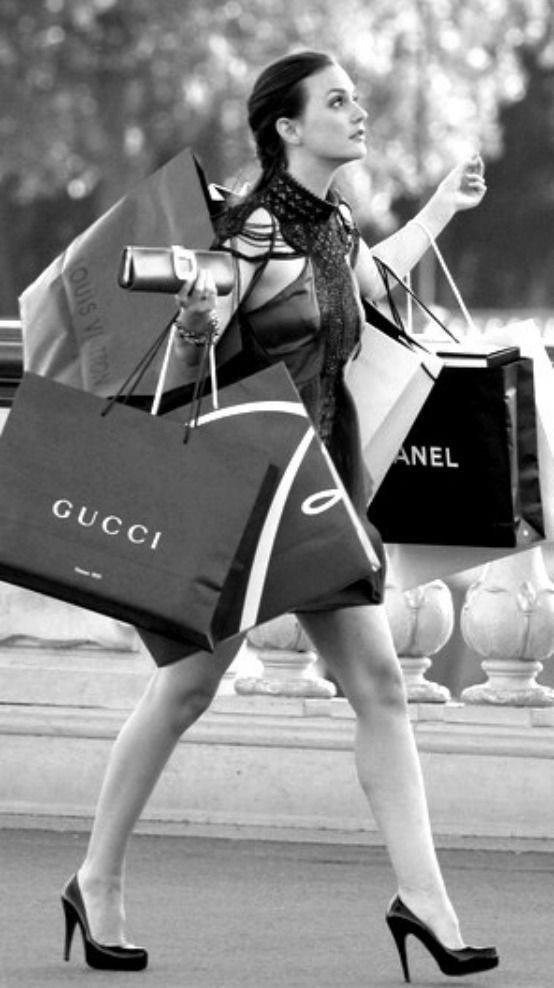 I love shopping! If I could afford to do it everyday.... <3:
