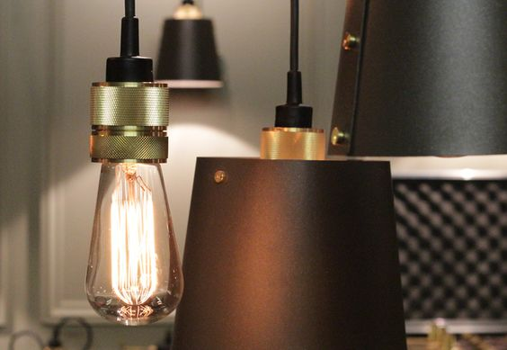 Hooked 3.0 – chandelier in solid knurled brass and matt black rubber - by Buster + Punch - busterandpunch.com