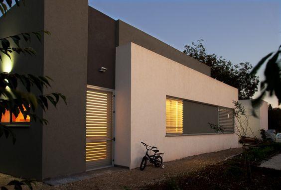 grau-weiß Kombi, Fenster schön gelöst