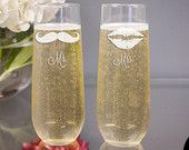 Mr and Mrs Stemless Champagne Glasses - (Set of TWO) Engraved Toasting Flutes - Bride and Groom Toasting Glasses - Wedding Gift