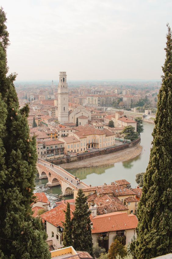 A Quick Guide to Verona, Italy - Petite Suitcase
