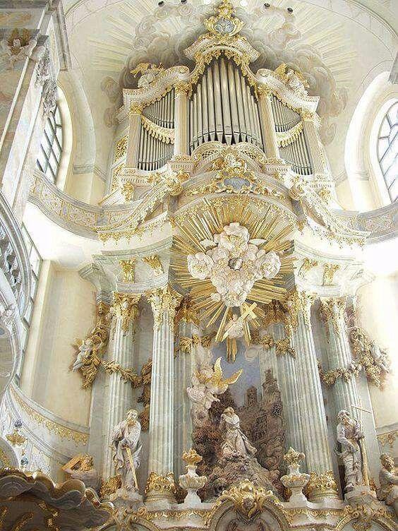 Gottfried Silberman Organ in Dresdan Germany