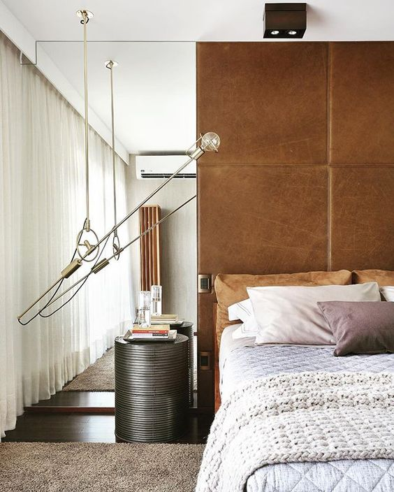 Residência MJ   RJ #yamagataarquitetura #brownpalette #leather #design #instadesign #decoration #bedroom #bomdia #cool #instacool
