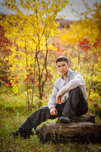 Senior Picture Ideas For Guys Outside - 0425