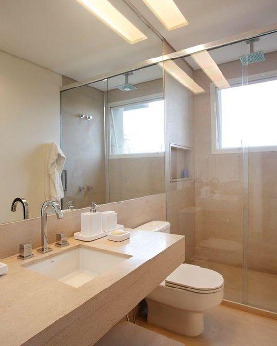 """""""Banheiro em Limestone beige com iluminação especial nesse projeto do Ibirapuera. Projeto RAP Arquitetura #raparquitetura  #arqdesign #anaveirano…"""""""