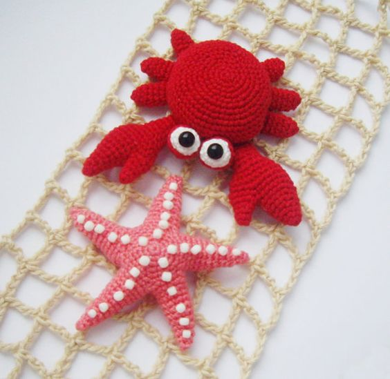 "PDF PATTERN crochet flat amigurumi little toys ""Crab and starfish"" step by step tutorial/home decor/brooch/magnet/pin for bag/hair accessory"