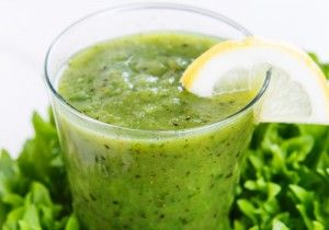 glowing green smoothie by Kimberly Snyders