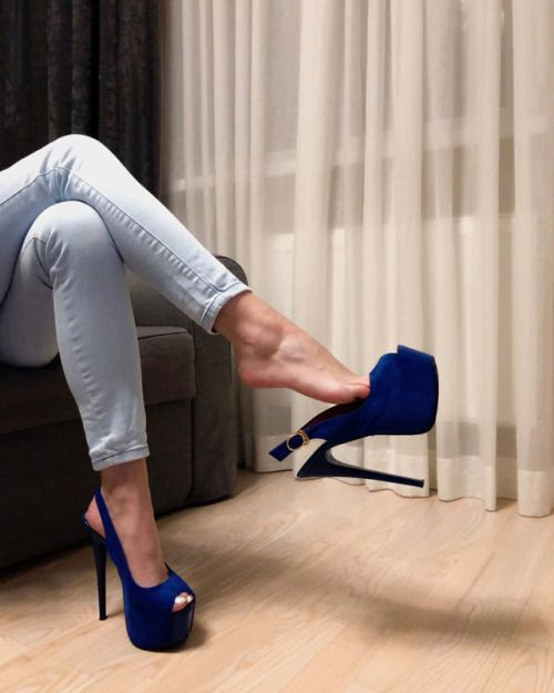 33 Best + buty images in 2020 | Buty, Nogi, High heel pumps
