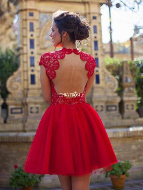 Red cap sleeve lace chiffon prom dress with sexy keyhole back - pinkyprom.uk