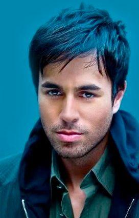 Enrique- What a hottie :)