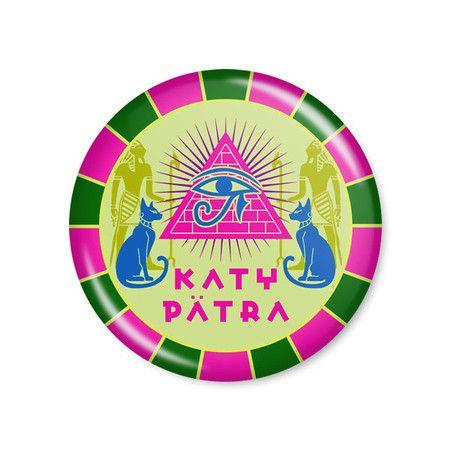 Katy Perry - Katy Patra  Button modelo americano com 4,5cm de diâmetro. Imagem/foto impresa em papel fotográfico protegida por papel filme transparente. Acompanha alfinete traseiro.