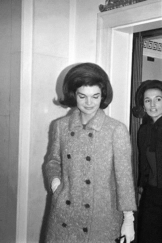 """Jackie"" and her sister Lee"