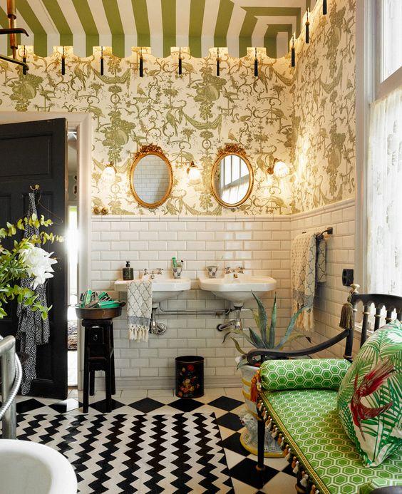 Ett sagolikt badrum i blandad stil (lite cirkus och lite sekelskifte) - Sköna hem
