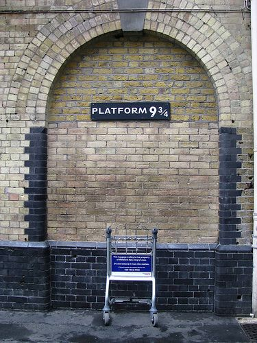 A blog from a girl going to places in London where Harry Potter was filmed.