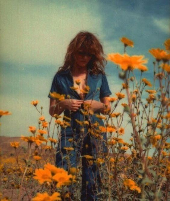 Pin By Brenda Gomes On Aesthetic Vintage 70s Aesthetic Vintage Photography Aesthetic Photography