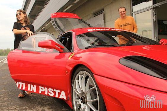 """Fui ali dar um voltinha de Ferrari e já volto!! - """"Da série melhores momentos de 2013: uma volta de Ferrari em Modena"""" by @Alexandra Aranovich"""