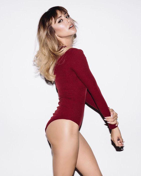 Danielle Lo
