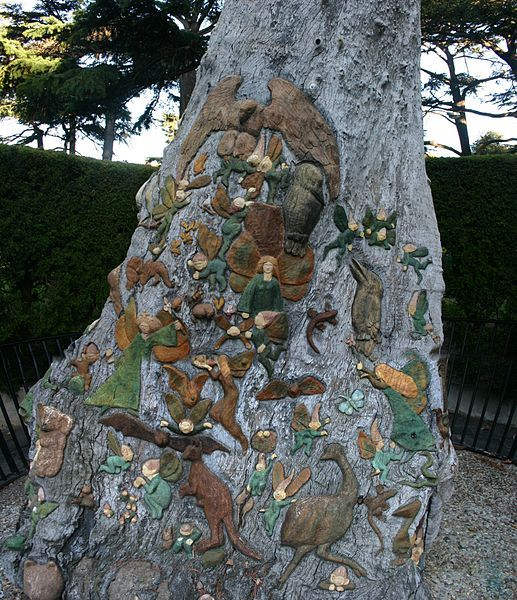 File:Fitzroy Gardens Fairy tree.jpg