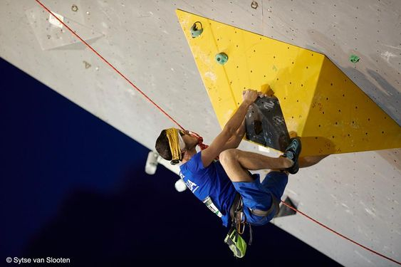 2018 Paraclimbing Cup Briancon Matteo Stefani Italy Visually Impaired On Www Boulderingonline Pl Rock Climbing News Rock Climbing Bouldering Climbing Gear