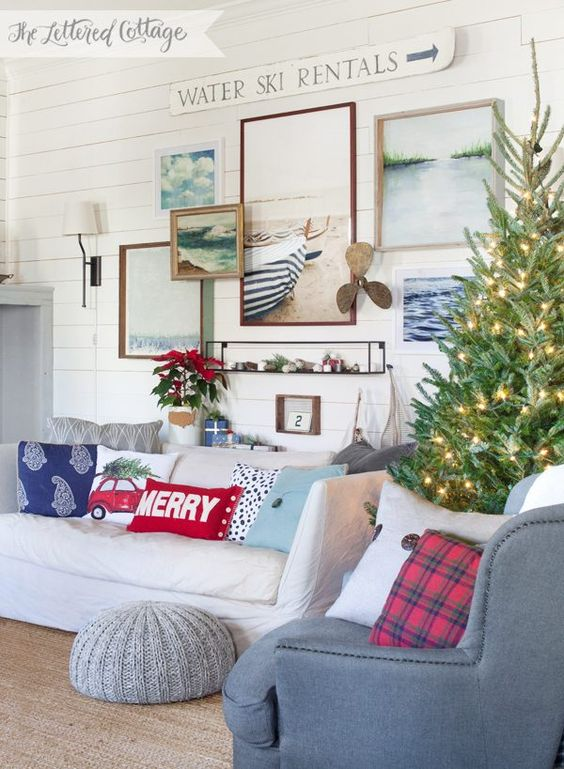 Gallery of wall art at christmas time in this farmhouse for Peaceful living room ideas