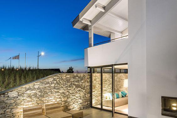 Architect nodig voor de bouw of verbouw van uw villa? Bekijk de eerdere projecten van BNLA Architecten. Neem contact op!