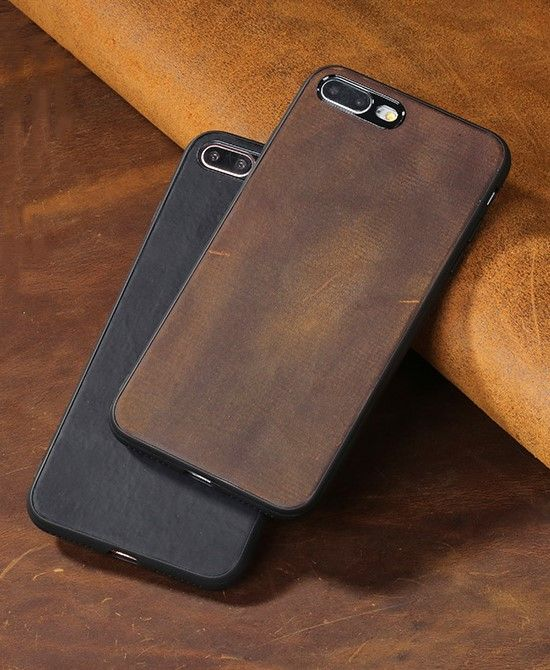Minimalist old gold leather case