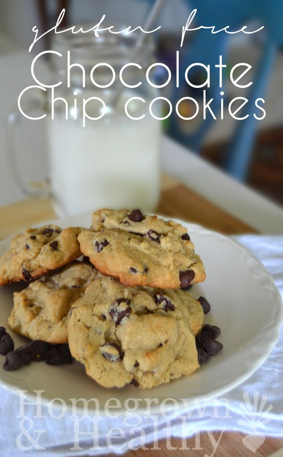 Gluten free chocolate chip cookies using @bobsredmill all purpose flour and a hint of peanut butter