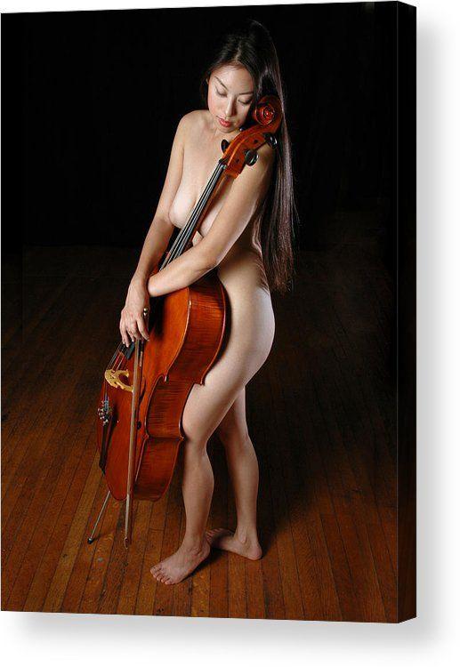 Naked guo NADIA GUO:
