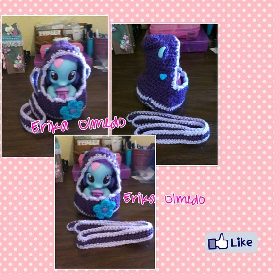 A crochet bag for my daughter's little pony :)
