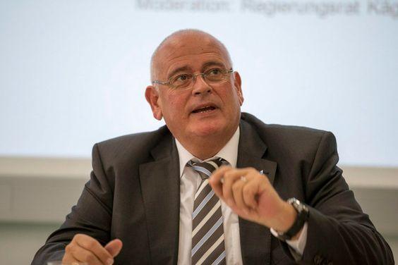 Der Niederglatter SVP-Regierungsrat Markus Kägi an 1,2 Millionen Betrug beteiligt (Hochbauamt ZH Dir!)