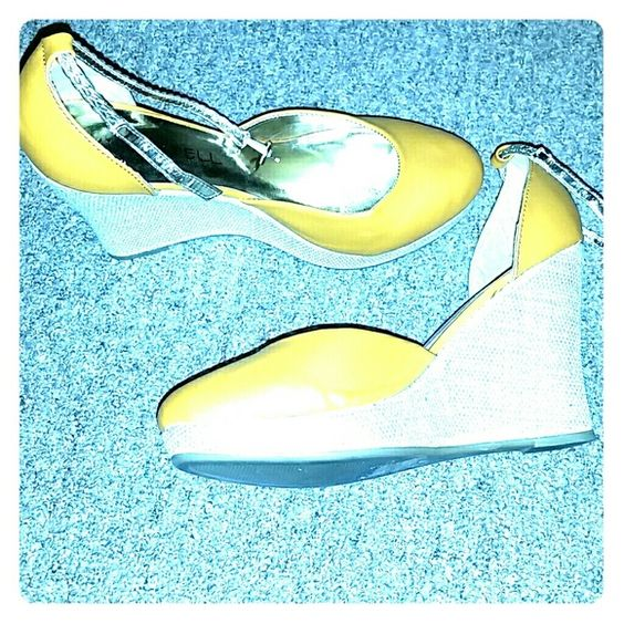 Kiss & Tell Golden sandal heels Golden goddess sandals waiting for you to slide your precious feet into and wrap the gold straps around your ankles. Brand is Kiss & Tell, size 8.5 U.S. Good condition, worn twice. Kiss & Tell Shoes Heels