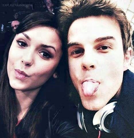 Nina Dobrev & Nath...