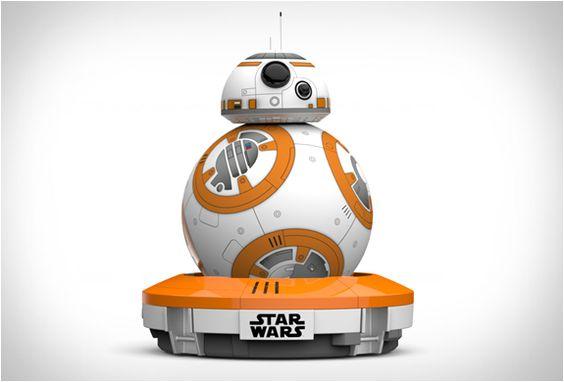 Com toda a ansiedade que o filme Star Wars O Despertar da Força. Um dos primeiros brinquedos oficiais para quebrar as barreiras é este impressionante Droid Bb-8, um robô que permite a app exibir uma variedade de expressões com base