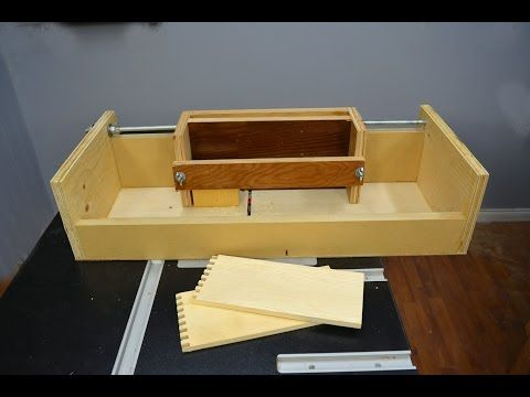 How to Make a Box Joint Jig for the Router Table - YouTube